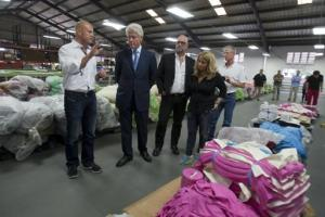Bill Clinton in Hatian Factory